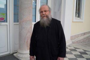 Οι «Άγιοι» Αρχιερείς δεν υπερασπίστηκαν την πίστη μας – π. Χριστοφόρος Γρουλής απο την ακριτική Χίο