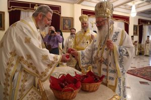 Ο Εσπερινός της Αγάπης στη Λευκωσία με τον αειθαλή Αρχιεπίσκοπο Κύπρου Χρυσόστομο