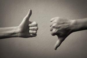 Προς εκείνους που επικρίνουν ή μέμφονται την κριτική που ασκώ σε  Ιεράρχες