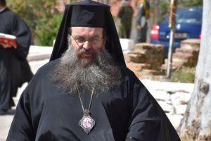 «Διχάζει» τον κλήρο της Χίου ο Μητροπολίτης Μάρκος