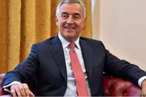 """Ο Τζουκάνοβιτς προκαλεί και προαναγγέλει Αυτοκέφαλη """"Εκκλησία του Μαυροβουνίου"""""""