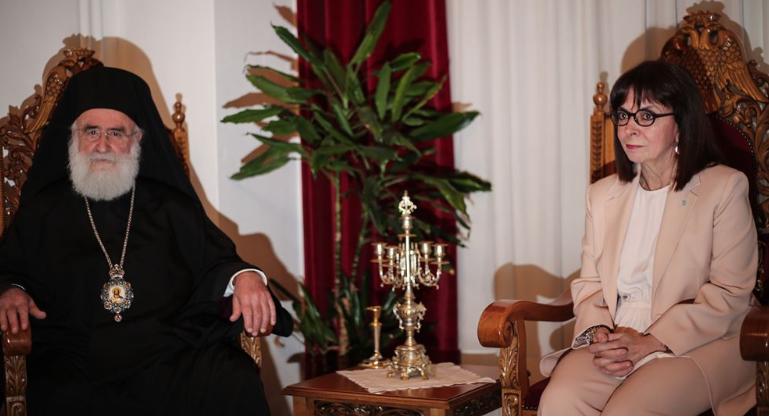 Με κωδωνοκρουσίες υποδέχτηκε την κ.Σακελλαροπούλου ο Μητροπολίτης Ξάνθης Παντελεήμων