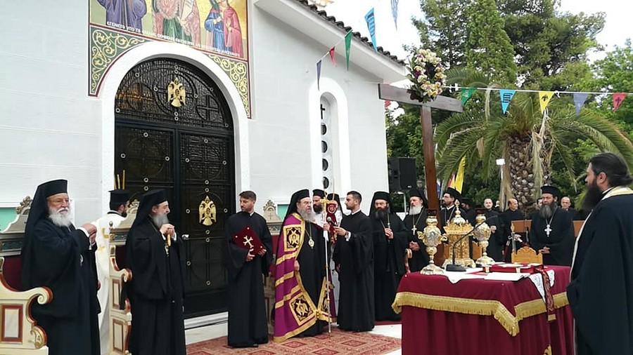 """Ο Ιερισσού Θεόκλητος στον Εσπερινό των Πολιούχων της Τρίπολης: """"Δεν είναι δουλειά των λοιμωξιολόγων να μας πουν τι σημαίνει θεία Ευχαριστία"""""""