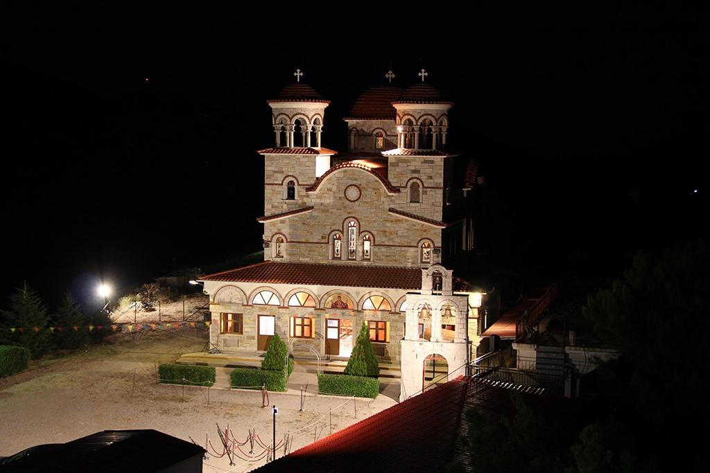 Εγκαταστάθηκε νέα αδελφότητα Μοναχών στην Ι. Μονή Κοιμήσεως Θεοτόκου Κουτσουριωτίσσης της Ι. Μητροπόλεως Φωκίδος