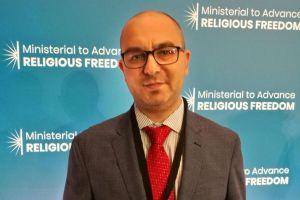 Αξιωματούχος ΟΑΣΕ: Το κράτος δεν έχει λόγο στη Θεία Κοινωνία