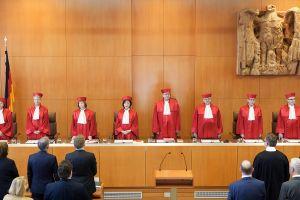 Συνταγματικό Δικαστήριο Γερμανίας: Αντισυνταγματικοί οι περιορισμοί στη θρησκευτική λατρεία λόγω κορονοϊού