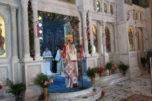 Ο Φθιώτιδος Συμεών σε τέσσερις Ναούς για την εορτή των Αγίων Κωνσταντίνου και Ελένης.
