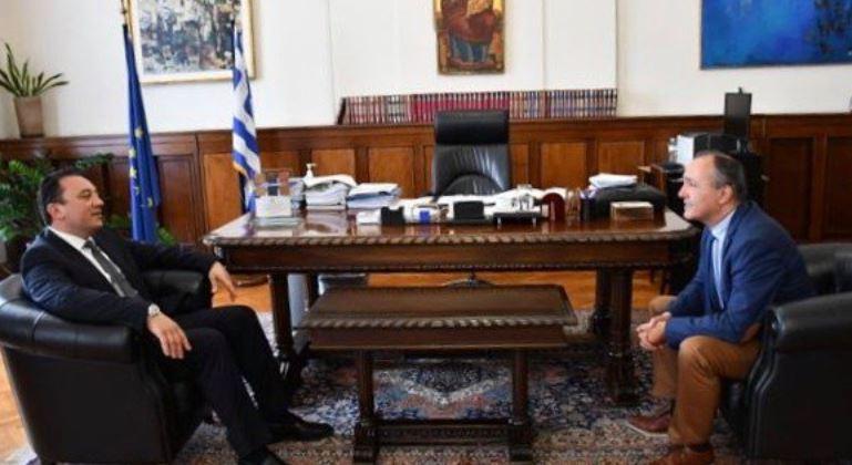 You are currently viewing Συνεργασία Υφυπεξ Κ.Βλάσση με τον περιφερειάρχη Κεντρικής Μακεδονίας Απ. Τζιτζικώστα για το Αγιον Ορος