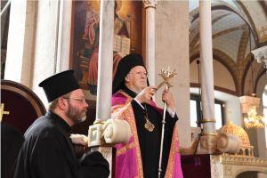 Μήνυμα με νόημα απο τον Πατριάρχη Βαρθολομαίο: «Ας μη γίνει συνήθεια το κεκλεισμένων των θυρών»