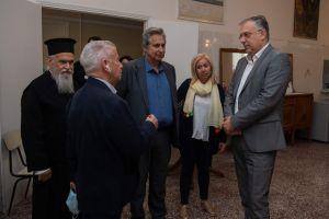 Επίσκεψη του υπουργού Εσωτερικών Τάκη Θεοδωρικάκου στα συσσίτια της Νέας Σμύρνης