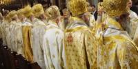 Άγιοι Αρχιερείς, μη για οποιοδήποτε τίμημα, χαϊδεύετε τα ώτα των πολιτικών!