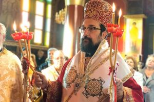 Το συγκινητικό τελευταίο αντίο του Θεοφ. Δορυλαίου Δαμασκηνού στον πατέρα του Θεοχάρη Λιονάκη