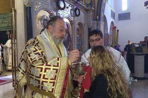 """Ο Νέας Ιερσέης Ευάγγελος παίρνει αποστάσεις από Ελπιδοφόρο : """"Η Αγία και Ιερά Σύνοδος είναι ξεκάθαρη για την Θεία Κοινωνία"""""""