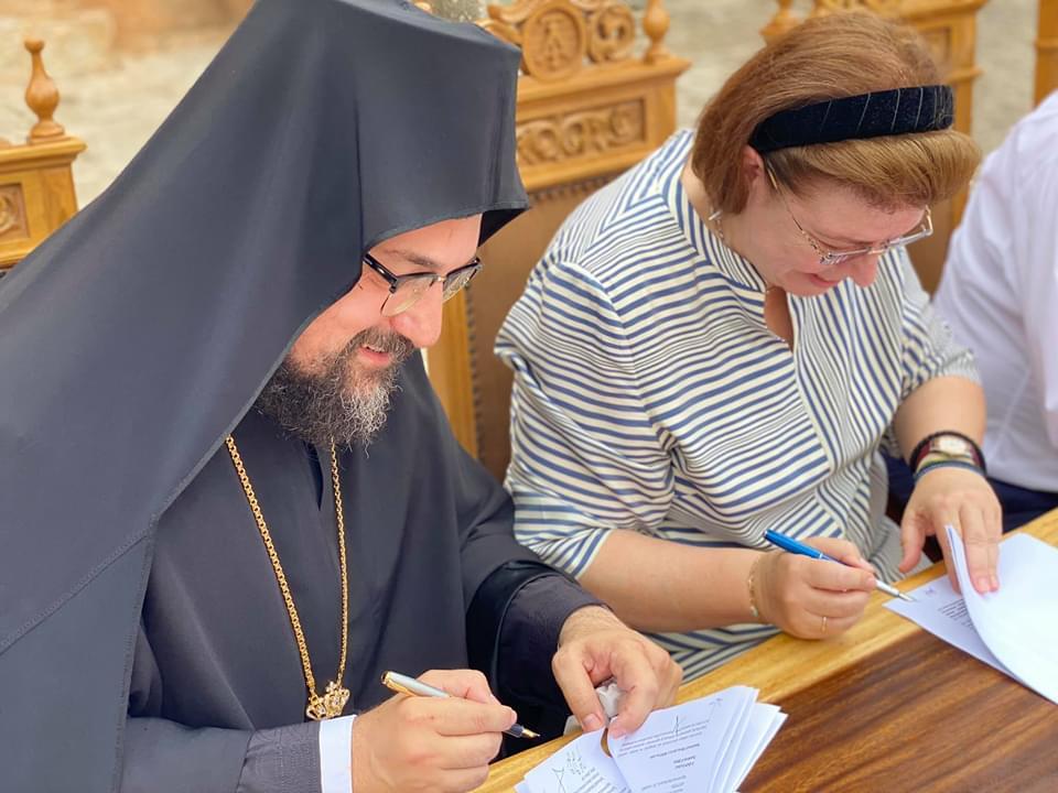 Υπεγράφη η προγραμματική σύμβαση για την ανακαίνιση της ιστορικής Σταυροπηγιακής Μονής Αγ. Τριάδος Τσαγκαρόλων Χανίων