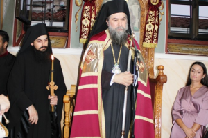 Κουρά νέου Μοναχού στην Εκκλησία των Σερρών