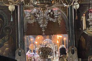 Η εορτή του Αγίου  Αθανασίου του εν Άθω στην Ι.Μ.Μ. Λαύρας και το τάμα- παράκληση  του Σεβ. Καρπάθου Αμβροσίου