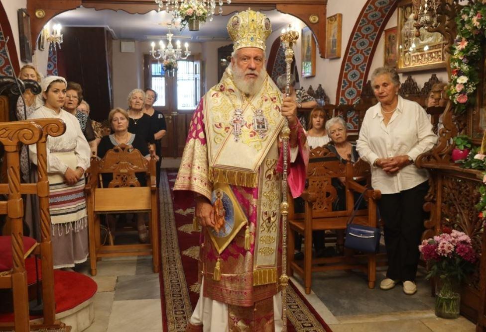 Η Μύκονος τίμησε την Αγία Κυριακή προεξάρχοντος του Σεβ. Σύρου Δωροθέου