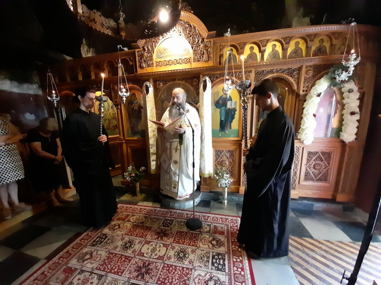 Η Ιερά Μονή του Αγίου Βλασίου Στυλίδος πανηγύρισε τη μνήμη του Αγίου Παντελεήμονος του Ιαματικού.