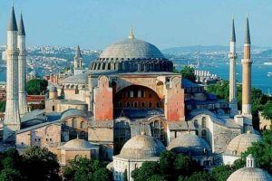 Με την μετατροπή της Αγίας Σοφίας σε τζαμί ο κόσμος χάνει ένα σύμβολο θρησκευτικής συνύπαρξης