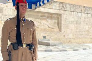 Ανδρέας Χολέβας: Το όνειρό μου ήταν να γίνω εύζωνας στην Προεδρική Φρουρά