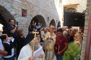 Εν πληθούση Εκκλησία τελέστηκαν τα εγκαίνια του Καθολικού της Ι. Μονής Αγίας Μαρίνης Άνδρου