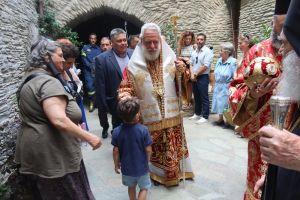 Ο ευσεβής λαός της Άνδρου τίμησε την μνήμη του Αγίου Παντελεήμονος