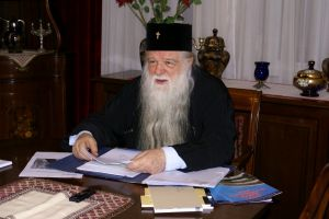 """Μητροπολίτης π.Καλαβρύτων και Αιγιαλείας Αμβρόσιος: """" ΚΑΙ ΟΙ ΛΙΘΟΙ ΚΕΚΡΑΞΟΝΤΑΙ…"""""""