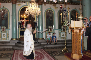Αρχιερατική λειτουργία και χειροθεσίες αναγνωστών στην πανήγυρη του ιστορικού ναού της Μητρόπολης  των Γιαννιτσών