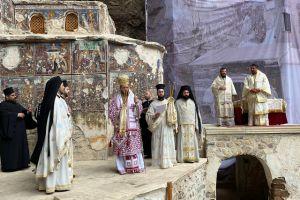 Η Τρισαρχιερατική θεία λειτουργία στην Παναγία Σουμελά στον Πόντο
