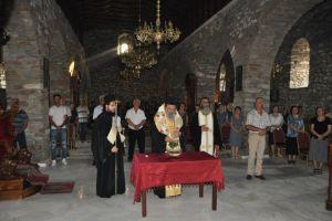 Ἁγιασμός – Θυρανοίξια καί Παράκληση στήν Παναγία Πετρούσας στην Ι. Μητρόπολη Δράμας