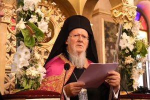 Ισχυρή και ηχηρή παρέμβαση του Οικ. Πατριάρχη:«Ο κορονοϊός δεν μεταδίδεται από τη Θεία Κοινωνία»