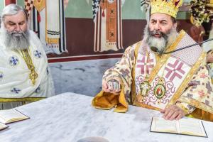 Ο εγκαινιασμός και η πρώτη Αρχιερατική θ. Λειτουργία στον Ι. Ναό Κοιμήσεως Θεοτόκου στον Αγ. Βασίλειο Λαγκαδά
