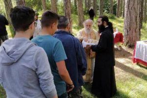 Στα δάση Βάλια Κάλντα, λειτούργησε συμβολικά ο Σεβ. Γρεβενών Δαβίδ
