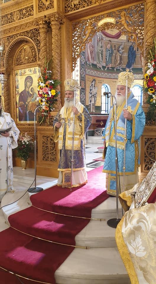 Με λαμπρότητα αλλά και κατάνυξη η εορτή του Αγίου Νεκταρίου στην Αίγινα