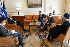 Με τον ΥΠΕΞ Ν. Δένδια συναντήθηκε ο Μητροπολίτης Γαλλίας Εμμανουήλ