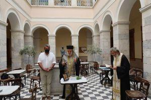 Ενώπιον Δικαστών και Δικηγόρων ο Μητρ. Σύρου τέλεσε Αγιασμό για την έναρξη του νέου Δικαστικού Έτους