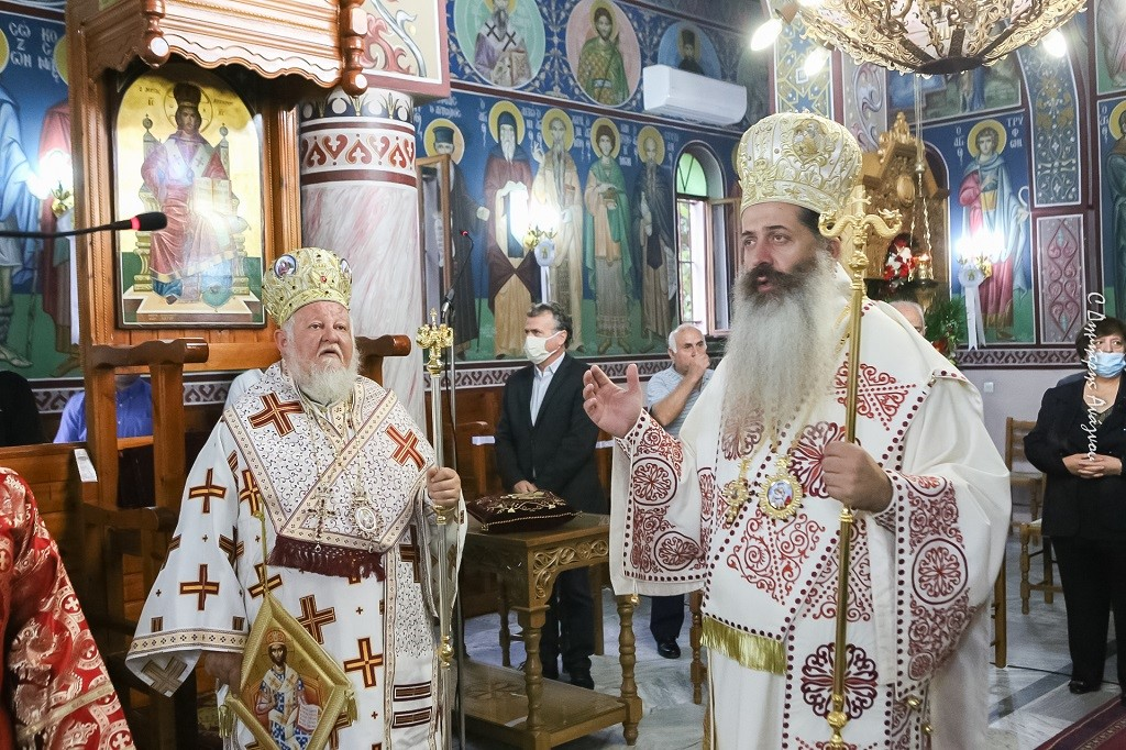 You are currently viewing Φθιώτιδος Συμεών: «Η αληθινή ελευθερία είναι ο Σταυρός του Χριστού».