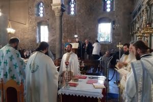 Η Αρχαιοπρεπής Θεία Λειτουργία του Αγίου Ιακώβου του Αδελφοθέου στην Αγία Παρασκευή Χαλκίδος