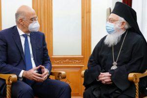 Η συνάντηση του Υπ. Εξ. κ. Δένδια με τον Αρχιεπίσκοπο και η υπόσχεση για τη Χιμάρα