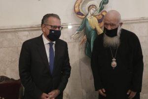Ο Αν. Υπ.Γιώργος Κουμουτσάκος στον Αρχιεπίσκοπο Ιερώνυμο