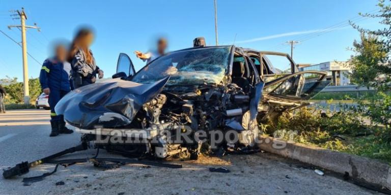 Λαμία: Τροχαίο με μητροπολίτη, τραυματίστηκε σοβαρά -Επεσε σε κολόνα το αυτοκίνητό του
