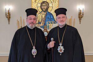 Από τα παράξενα αλλά όχι ασυνήθιστα της εκκλησιαστικής μας ζωής  Ο Αρχιεπίσκοπος Ελπιδοφόρος συναντήθηκε σήμερα στην Αρχιεπισκοπή με τον Σάρδεων Ευάγγελο σε …θερμό κλίμα