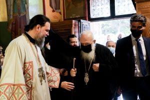 Θεία Λειτουργία για την εορτή των Αγίων Αναργύρων στη Ν. Ιωνία παρουσία του Αρχιεπισκόπου Αθηνών κ. Ιερωνύμου