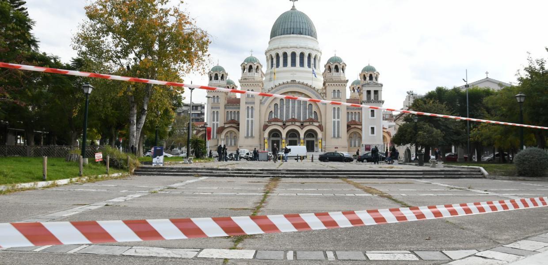 Κοιτάξτε ξεφτίλα: Σε αστυνομικό κλοιό ο Ναός του Αγίου Ανδρέα στην Πάτρα