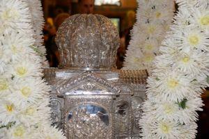 Δεν είναι δυνατόν να εορτάζεται η μνήμη του… «αγίου» πολυτεχνείου και να καταργούνται οι μεγάλες γιορτές της Χριστιανοσύνης. Ας κάνουμε  κάτι πριν είναι πολύ αργά!