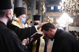 """Βαρθολομαίος: """"Ευχαριστούμε τον Θεό που οδήγησε τα βήματα νέων και υποψηφίων κληρικών στην Πόλη"""""""