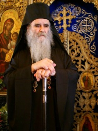 Δύο λόγια αγάπης για τον Άγιο Μητροπολίτη Μαυροβουνίου Αμφιλόχιο