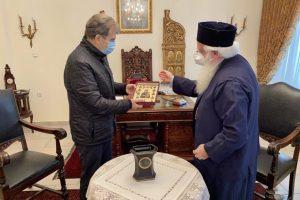 Ο Μιχάλης Χρυσοχοίδης περιοδεύει τις Μητροπόλεις -Ζήτησε τη συνδρομή της Εκκλησίας ενόψει του Αγίου Νικολάου στο Βόλο