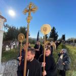 Με αρχιερατική θεία λειτουργία και λιτανεία εόρτασε ο ναός Αγίου Αθανασίου Ελμπασάν στην Αλβανία