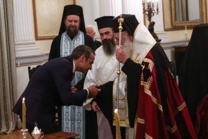 Ο Αρχιεπίσκοπος θα ορκίσει τελικά  τους νέους Υπουργούς και Υφυπουργούς και όχι ο Επίσκοπος Ωρεών